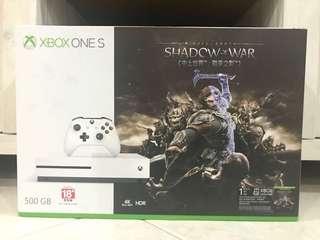 [INSTOCK] XBOX ONE S SHADOW OF WAR BUNDLE