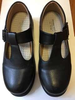 85%新女裝黑色返學皮鞋