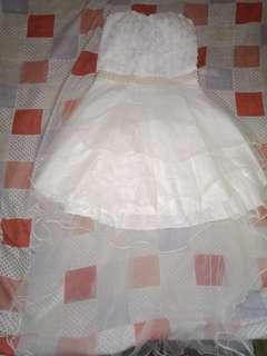 Wedding dress tube type