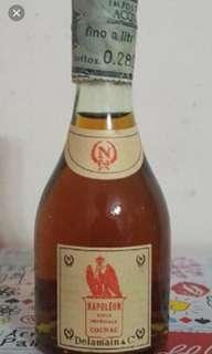 70年代,陳年德利曼拿破崙干邑酒辦28ml一支。