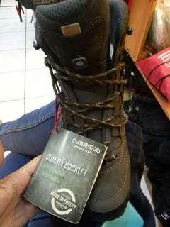 Sepatu Gunung Lowa ORI