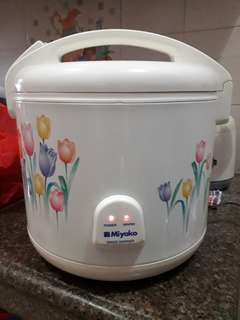 Miyakp Rice Cooker