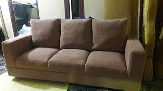 Sofa coklat 3 seater ready