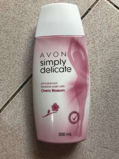 Simply Delicate Feminine Wash 200 ml
