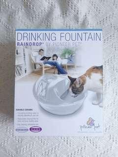 🚚 [二手][含運]《Pioneer Pet》雨滴循環寵物飲水機1.77L_陶瓷白