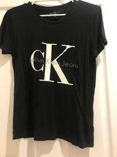 CK - Calvin Klein black basic t-shirt in size medium