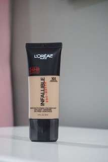 L'Oréal Infallible Pro-Matte Foundation (Shade:103 Natural Buff)