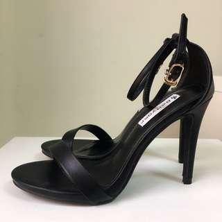 🚚 售出✔️🍭近新 ㄧ字百搭細跟鞋($500)