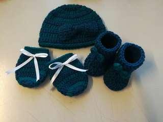 Crochet Newborn Baby Gift Set