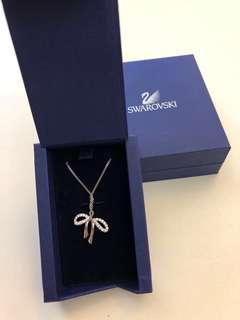 Swarovski Necklace in ribbon bow shape