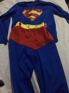 Superman costume size 3 may fit 1 yo