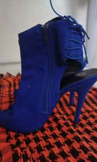 Royal Blue Heels SIZE 7