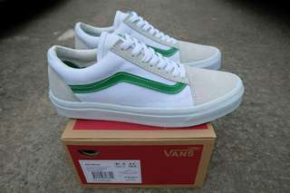 PREMIUM BNIB  VANS OLD SKOOL WHITE GREEN WAFFLE DT MADE IN CHINA