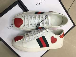GUCCI SNEAKERS