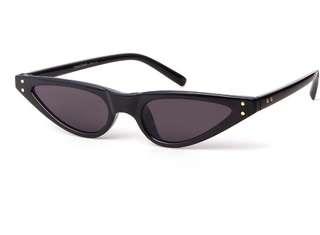 tiny cateyes sunglasses (black)