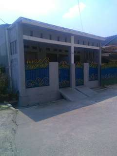 Dikontrak 2 Rumah Petak di Kompl SBS Bekasi Utara.