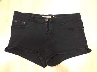 New Future black shorts