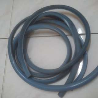 Vespa sidebox rubber trim (blue)