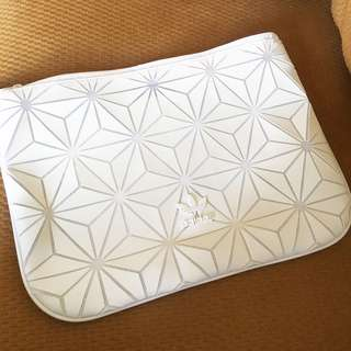 authentic Adidas x issey miyake 3D sleeve clutch