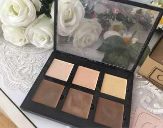 Anastasia Beverly Hills Contour Cream Kit in Light