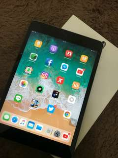 I-Pad mini 2 16gb, wifi, space grey