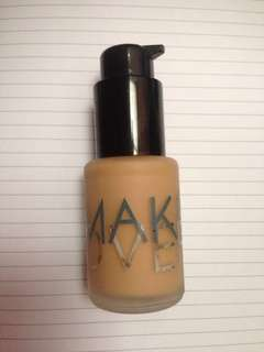 make over liquid matt foundation