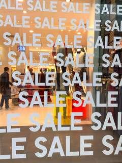 🛎 Fashion Retail (Min 2 Weeks)