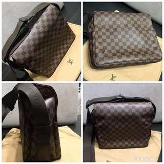 Pre-loved Men's LV Sling Bag (Original)