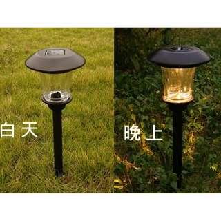 太陽能草坪LED 燈 智能光控日間充電夜間自動開燈 無需鋪線沒有電費