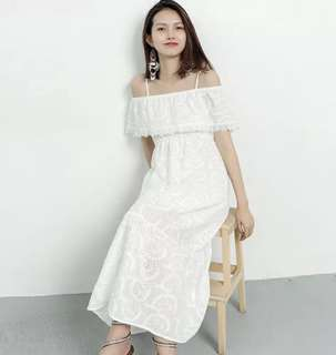 🌷(PO) Lace Eyelet Off Shoulder Maxi Dress