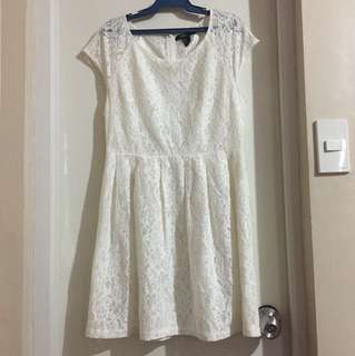 Forever 21 lace dress medium