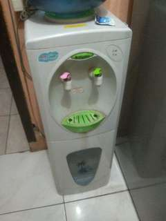 Dispenser miyako panas dingin normal