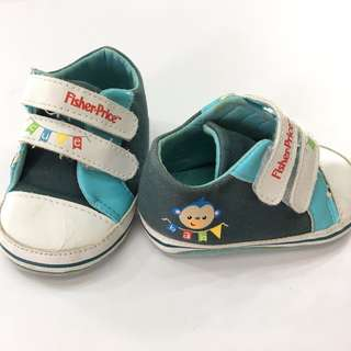 Shoes : Fisher Price (UK 3.5)