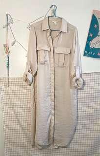 🚚 H&M 米色長版襯衫