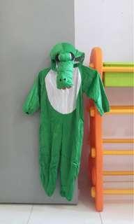 Crocodile dress up costumes