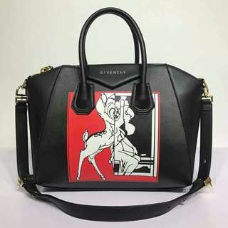‼️Givenchy Sling bag ‼️ Php 2000 ✨ High Quality Comes with: carecard, dustbag, paperbag