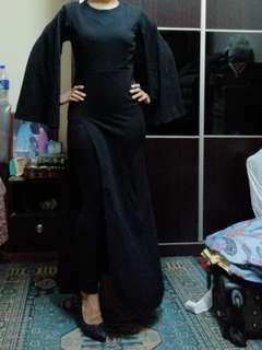 Cape dress black color