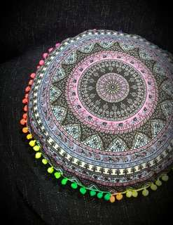 Mandala round cushions in pink and light purple