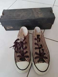 CONVERSE ALL STAR size 37