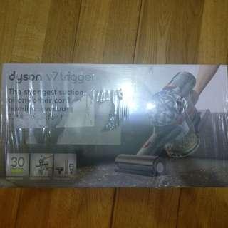 Dyson v7 trigger 吸麈機 美國版 三吸頭(包轉插)