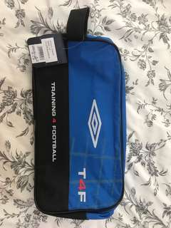 Selling umbro shoes bag
