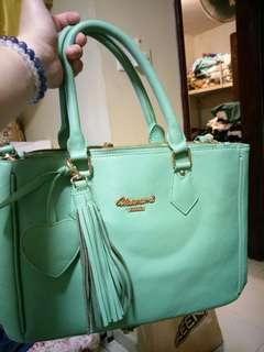 Usamimi handbag