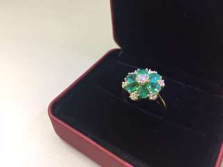 18K Emerald flower shape ladies ring