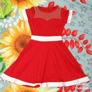 Dress merah putih