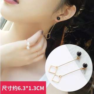 Offer~ ONE pair earrings only RM 5
