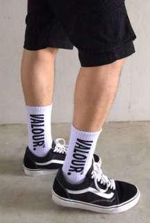 🚚 Valour Socks