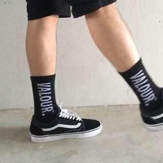 🚚 Valour Streetwear Socks