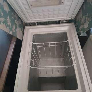Hanabishi Freezer