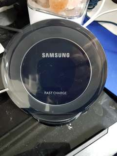 New Samsung Wireless Charger stand