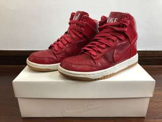 Nike Dunk Lux SP